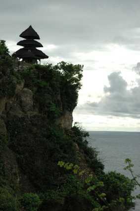 Ulu Watu (Tempel über dem Felsen)