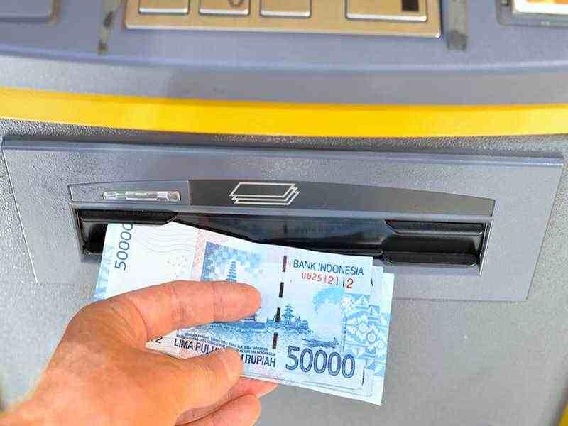 Geldautomat auf Bali